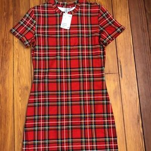 Slim fit, red plaid dress